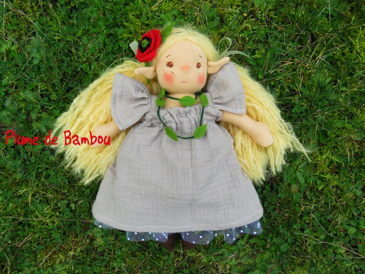 Willow, elfe des coquelicots